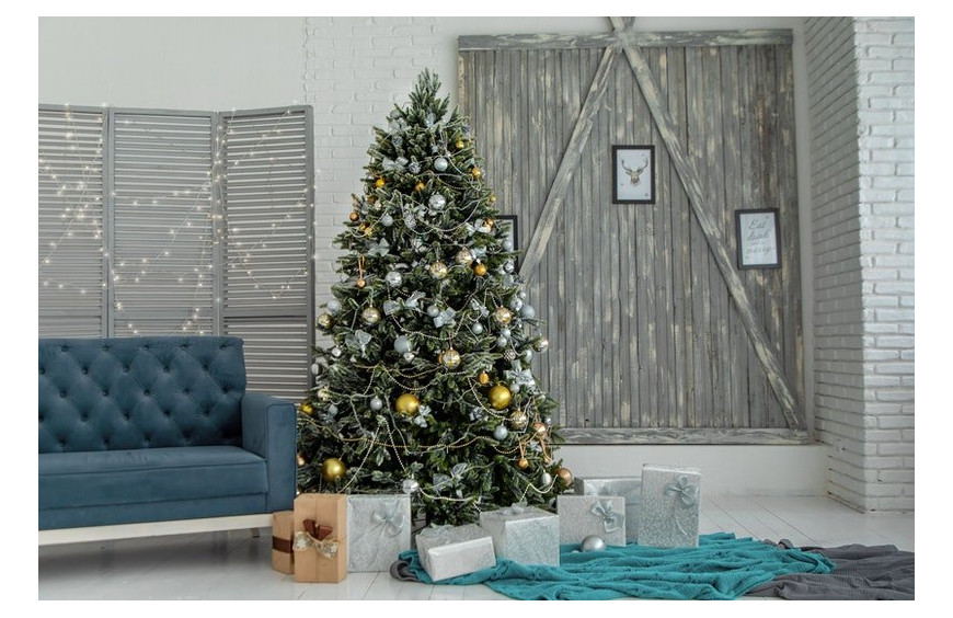 Online Store with Artificial Trees
